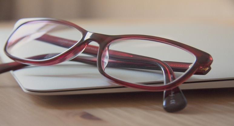 4c43be2c0b7 What You Need to Know About Buying Spectacles - the glassescompany blog